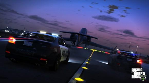 Polícia persegue avião Shamal no GTA V