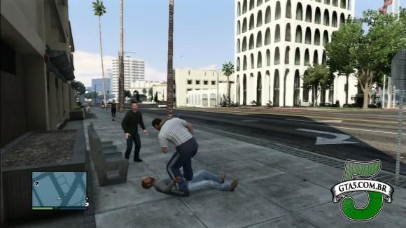 Pegar dinheiro de pedestre no GTA Online
